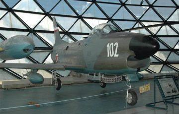 F-86_01_1